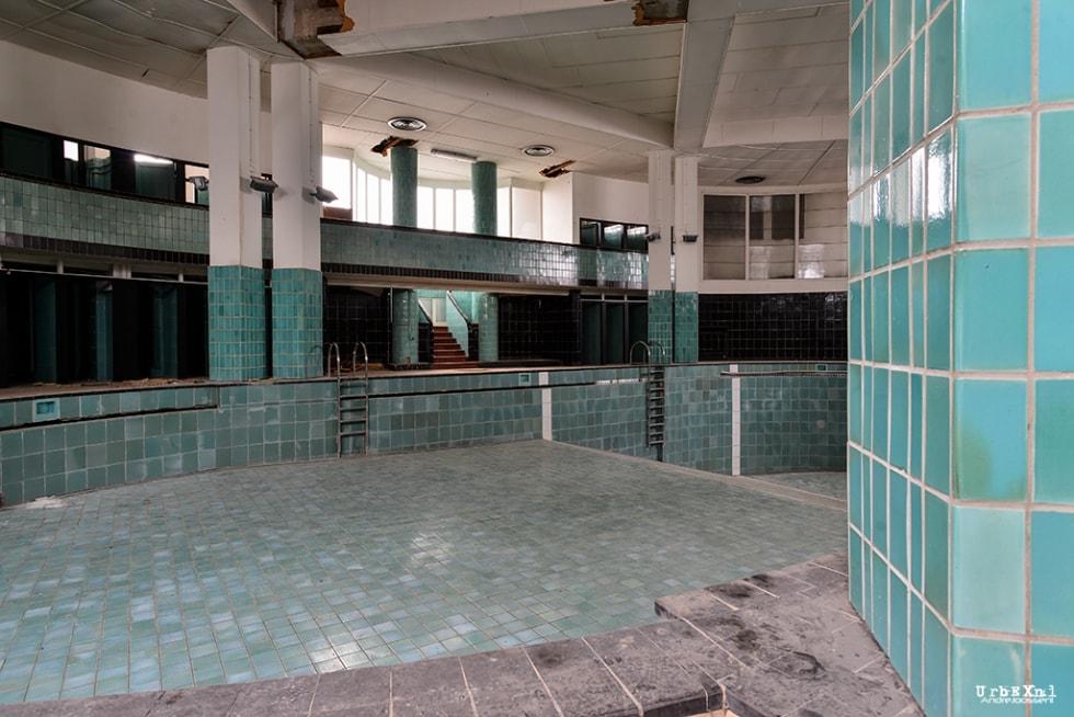 La piscine de l ecole normale jean tousseul urbex for Chatillon piscine