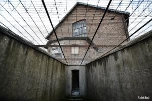 prison-loos-cellulaire-10