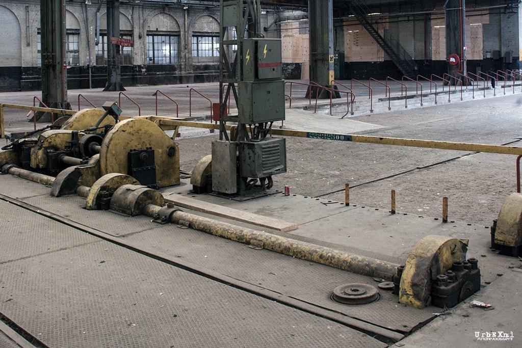 train shed hangar nmbs
