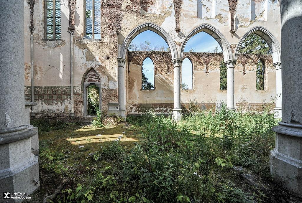 Eglise de Ombret