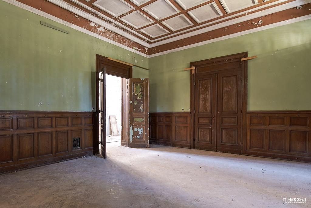 Beelitz-Heilstätten:  Verwaltungs- und Nebengebäude